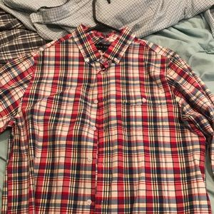 L FIVE FOUR BUTTON DOWN